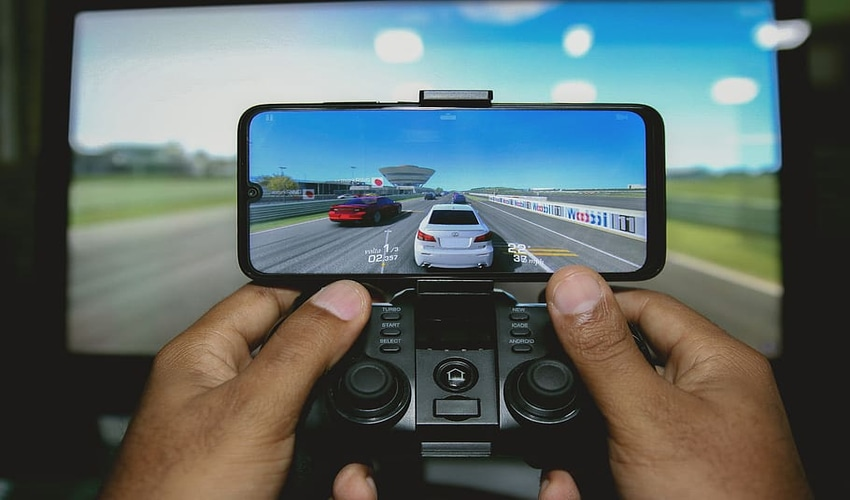 4 Best Mobile Phones & Mobile Accessories for Fast & Better Gaming